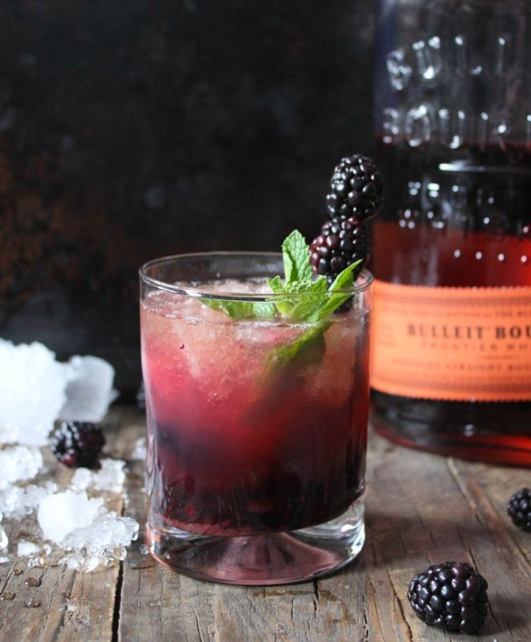 Blackberry-Whiskey-Smash-with-Wheat-Beer