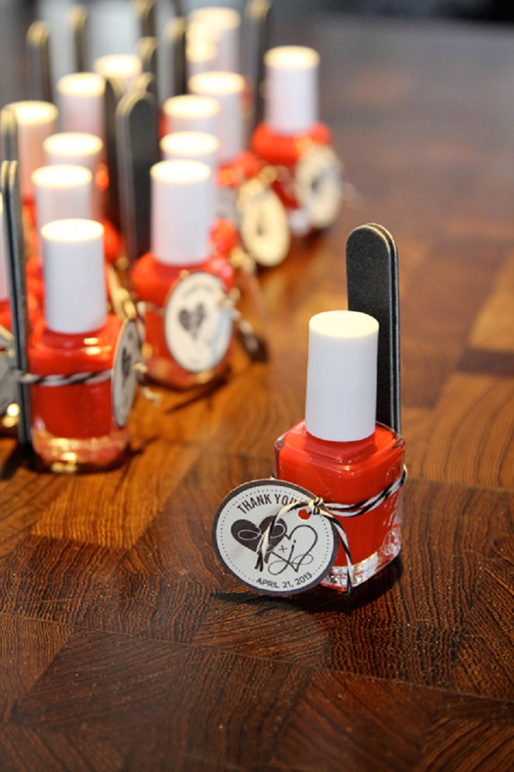 nail-polish-favors