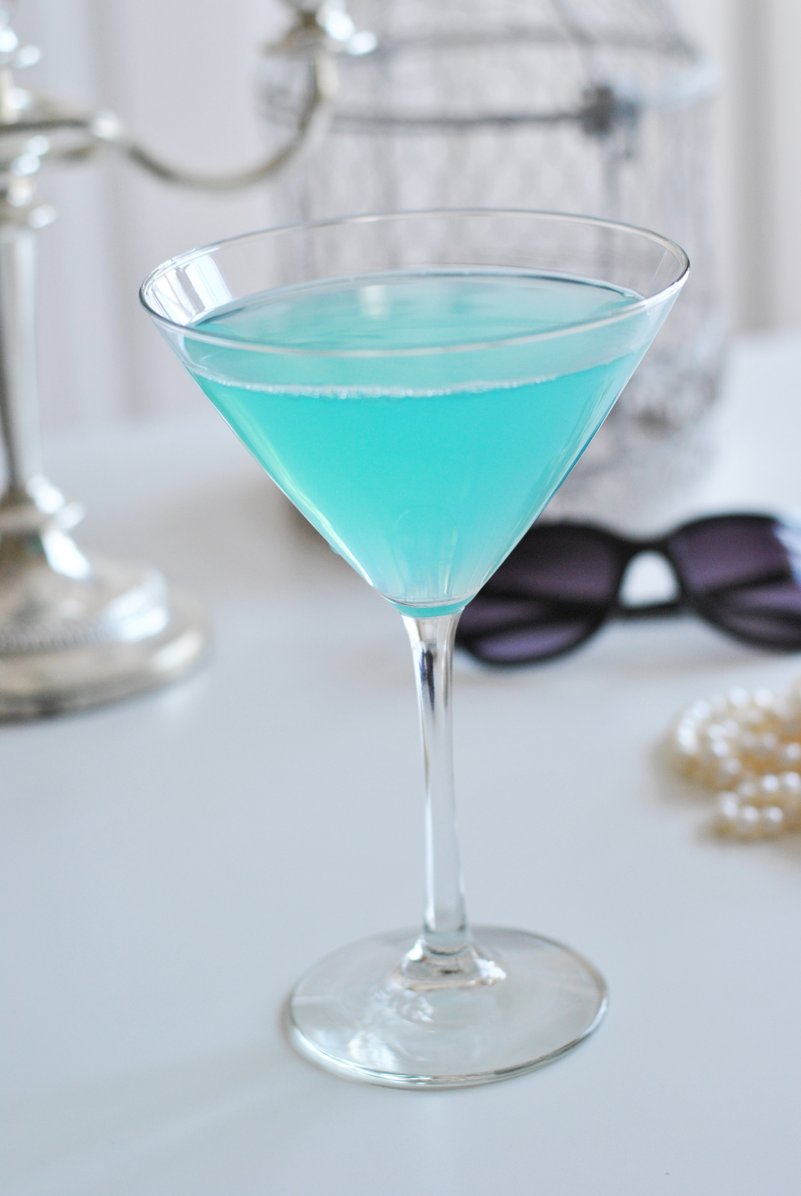 Cocktail & Party Ideas for Breakfast at Tiffany's Themed Shower – Bridesmaids Confession