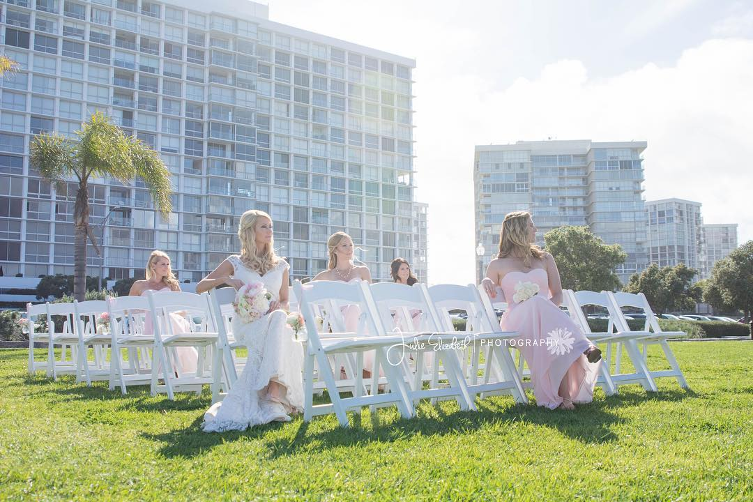 Bridesmaids Sitting in Chairs #squadgoals Julie Elizabeth Photography bridesmaidsconfession.com